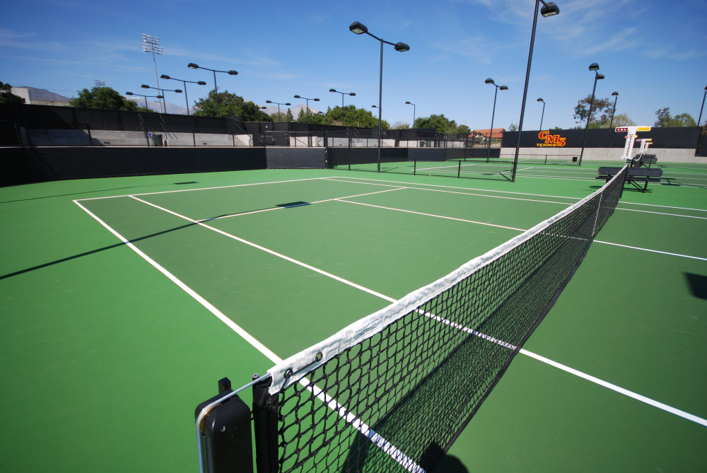 Sân tập Tennis tại căn hộ The Infiniti Riviera Point quận 7.